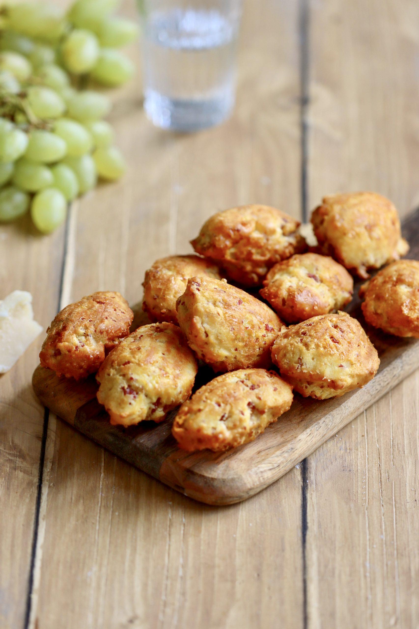 Recette – Les madeleines salées: parmesan  et pancetta
